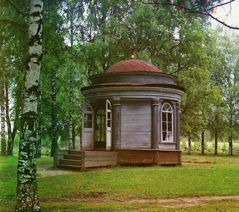 Kaplica Cara Piotra I , niedaleko wioski Pietrowskoje, 1909 rok