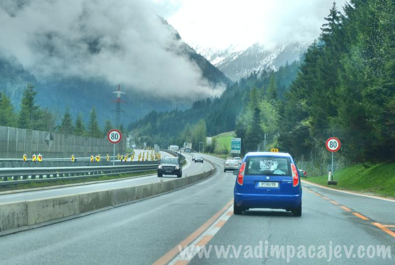 FLUMI010514ita1_04_Fotor_austria-autostrada