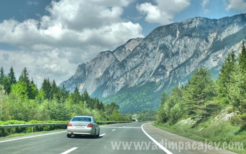 FLUMI010514ita1_18_Fotor_austria-autostrada