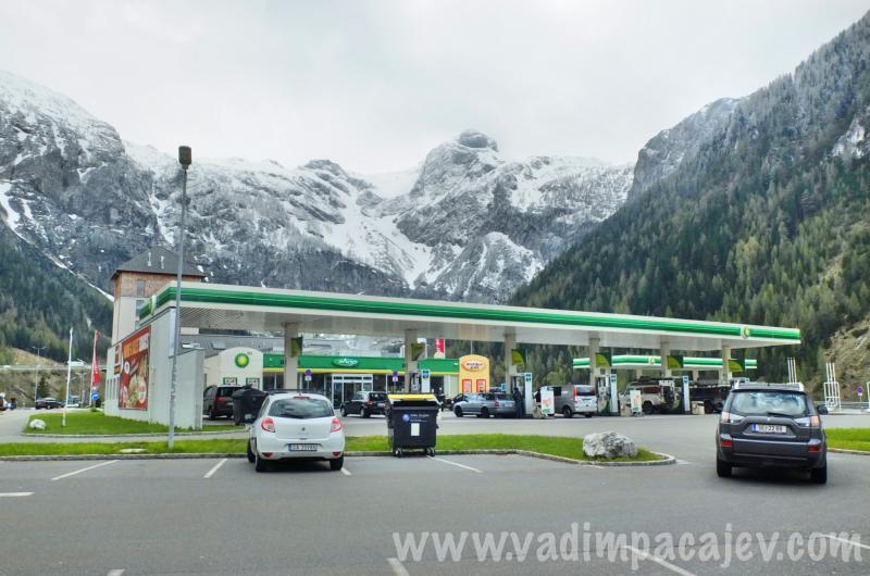FLUMI010514ita7_35_Fotor_austria-autostrada