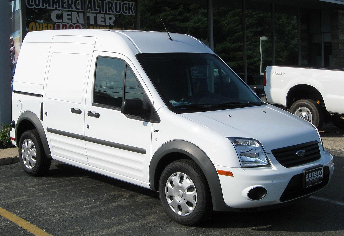 Ford Transit Connect w wersji LWB fot. IFCAR